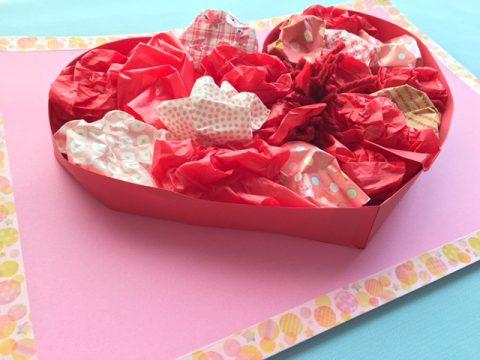 ハート型のバレンタイン飾り
