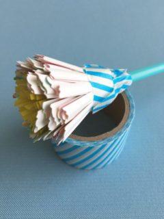 紙皿に折り紙ではなくマスキングテープを貼る