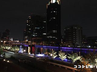 中之島駅の川沿いのライトアップ