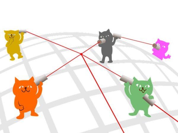 糸電話で会話するネコのイラスト